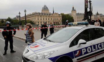 Επίθεση με μαχαίρι στο αρχηγείο της αστυνομίας στο Παρίσι - Πληροφορίες για τέσσερις νεκρούς (pic)