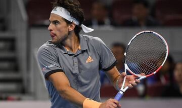 Tιμ - Tσιτσιπάς 3-6, 6-4, 6-1: Καλό ξεκίνημα, άσχημο φινάλε στον τελικό του China Open (highlights)