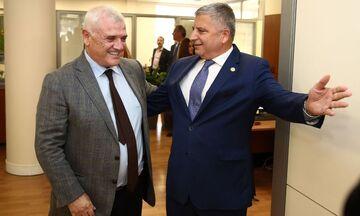 O Μελισσανίδης πήρε διαβεβαιώσεις από τον Πατούλη για το γήπεδο της ΑΕΚ (vid)