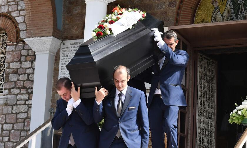 Κηδεία Κώστα Καίσαρη: Τον τίμησαν Μαρινάκης και Βαρδινογιάννης (pics)