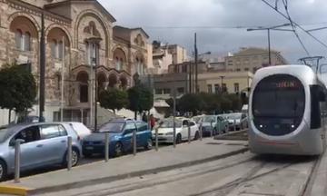 Αρχίζουν οι δοκιμές του τραμ στον Πειραιά - Οι ώρες και οι διαδρομές του