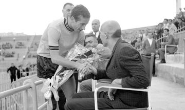 Όταν Ολυμπιακός, ΑΕΚ και Παναθηναϊκός «ενώθηκαν» για τον Αριστείδη Παπάζογλου!