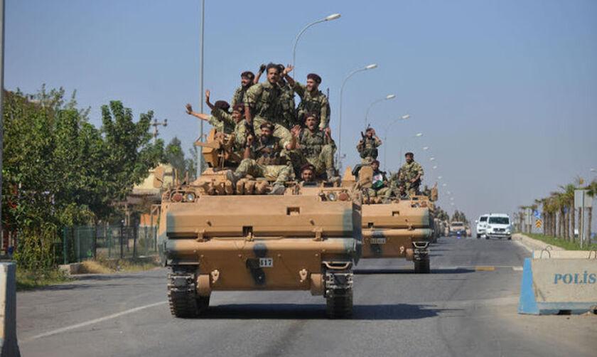 Συρία: Δυνάμεις του Ασαντ πλησιάζουν στα σύνορα με την Τουρκία