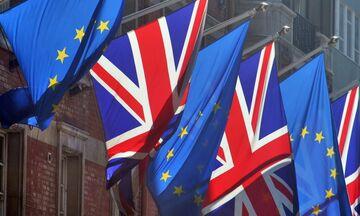 Οριστικό: Συμφωνία για Brexit ανακοίνωσε ο Γιούνκερ!