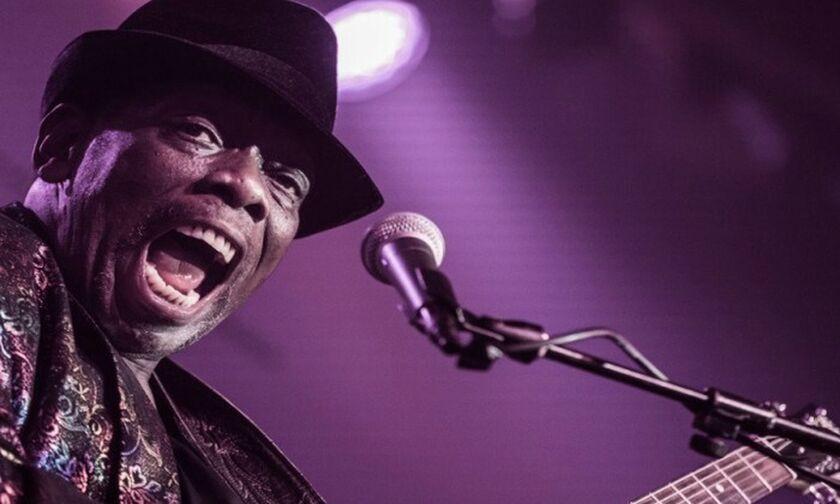 H «τριπλή απειλή του Blues» στο Half Note