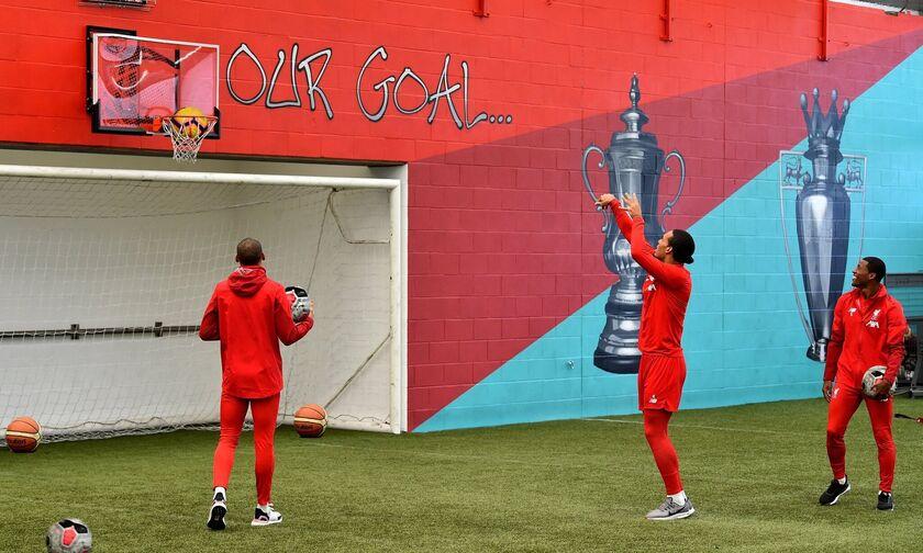 Λίβερπουλ: Μπασκετικό... χαλάρωμα λίγες ώρες πριν την Γιουνάιτεντ (pics)