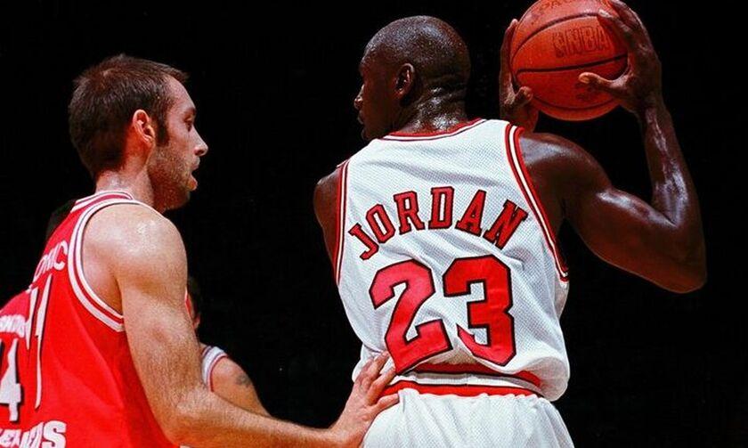 Σαν σήμερα: Όταν ο Ολυμπιακός αντιμετώπιζε τον Τζόρνταν! (pic, vids)