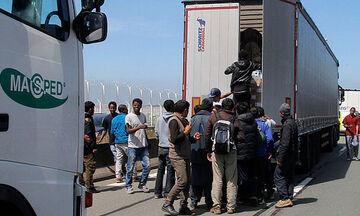 Νέο «Έσεξ» στη Γαλλία: Οκτώ μετανάστες, οι 4 παιδιά, βρέθηκαν με υποθερμία μέσα σε φορτηγό ψυγείο