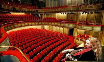 Ευανθία Ρεμπούτσικα για τον «ΜΑΝΑ» στο θέατρο Παλλάς