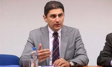 Αυγενάκης: «Μύδροι» κατά ΠΑΟΚ και Ιβάν Σαββίδη για τους δανεικούς