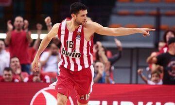 ΤΣΣΚΑ - Ολυμπιακός 79-84: Ανησυχία για Παπανικολάου - Τραυματίστηκε στο πόδι