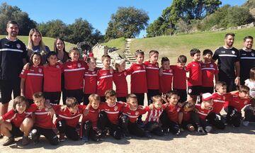 Ολυμπιακός: Επισκέφθηκε τον Πύργο η Σχολή Ποδοσφαίρου Βούλας