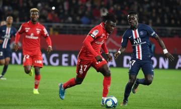 Ligue 1: «Χαστούκι» της Ντιζόν στην Παρί, νίκες για Μαρσέιγ και Ανζέ