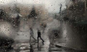 Καιρός: Βροχές και καταιγίδες σχεδόν παντού τη Δευτέρα (4/11)!