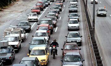 Στο «κόκκινο» η κίνηση σε κεντρικούς δρόμους της Αθήνας