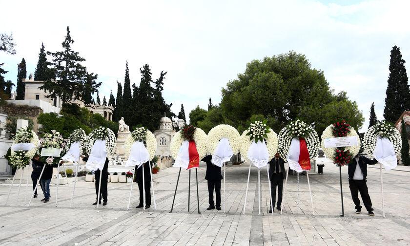Μαρινάκης και Κόκκαλης αποχαιρέτησαν τη μεγάλη κυρία του «ΦΩΤΟΣ» Ειρήνη Νικολαΐδου (pics)