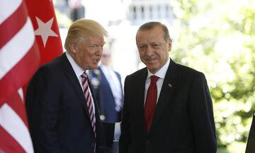 Ο Ερντογάν κατηγορεί τις ΗΠΑ ότι δεν τηρούν τη συμφωνία για τη Συρία