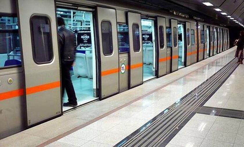 Μοναστηράκι: Μαχαιρώθηκε άνδρας στην αποβάθρα του μετρό! (pic)