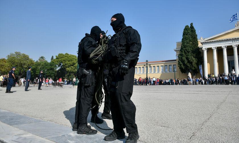 Μεγάλη επιχείρηση της Αντιτρομοκρατικής - Τρεις συλλήψεις, 15 προσαγωγές