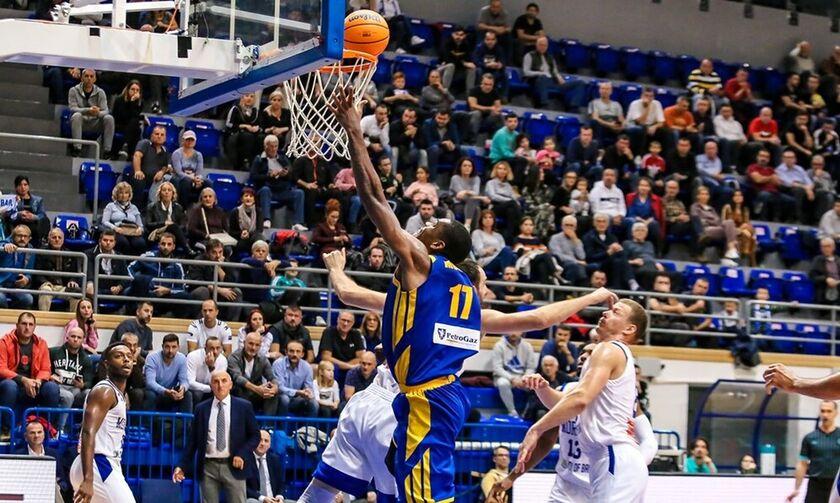 Μόρναρ Μπαρ - Περιστέρι 65-73: Με Χάτσερ «άλωσε» το Μαυροβούνιο