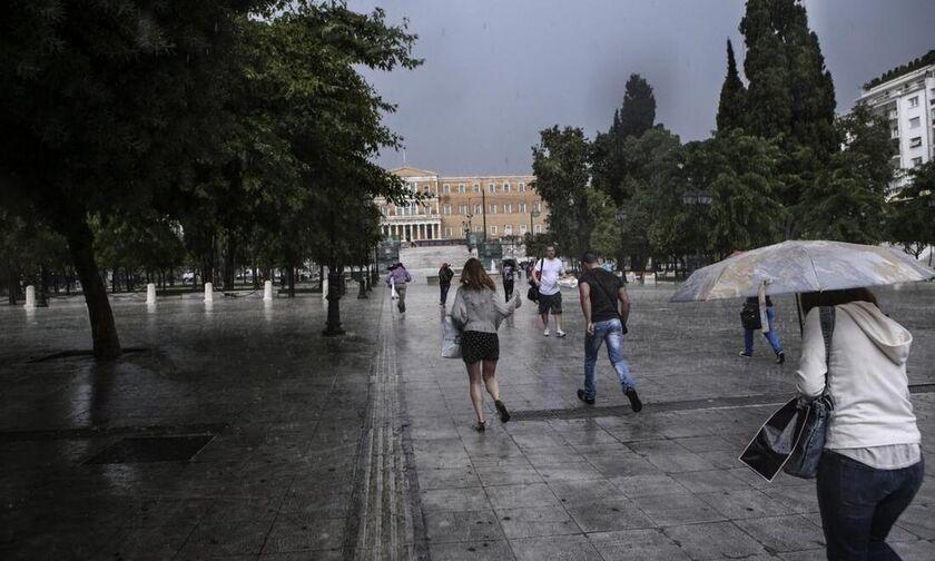 Καιρός: Άστατος με τοπικές βροχές - Ομίχλες στα ηπειρωτικά