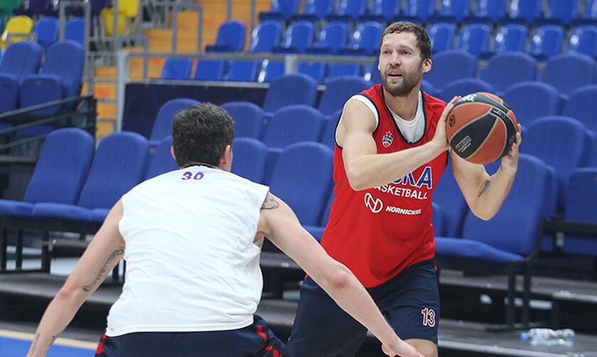 Ο Στρέλνιεκς αναδείχθηκε κορυφαίος μπασκετμπολίστας στη Λετονία