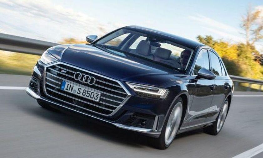Καταιγιστική πολυτέλεια από το νέο Audi S8 (vid)