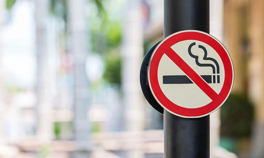 Σε πλήρη εφαρμογή ο αντικαπνιστικός νόμος: Οι αλλαγές και τα πρόστιμα