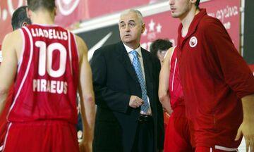 Όταν ο Σάκοτα ήταν προπονητής στον Ολυμπιακό που έπαιζε στον Κορυδαλλό (pics)