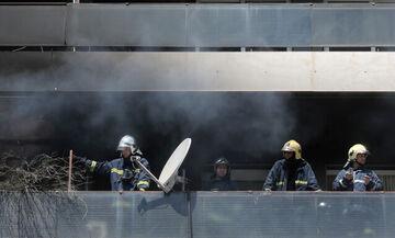 Φωτιά σε διαμέρισμα στου Ζωγράφου - Ανασύρθηκε γυναίκα χωρίς τις αισθήσεις της