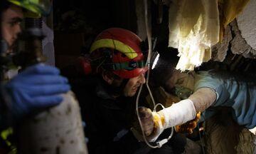 Σεισμός - Αλβανία: Μάχη με τον χρόνο τα σωστικά συνεργεία - Στους 40 οι νεκροί (pics & vid)