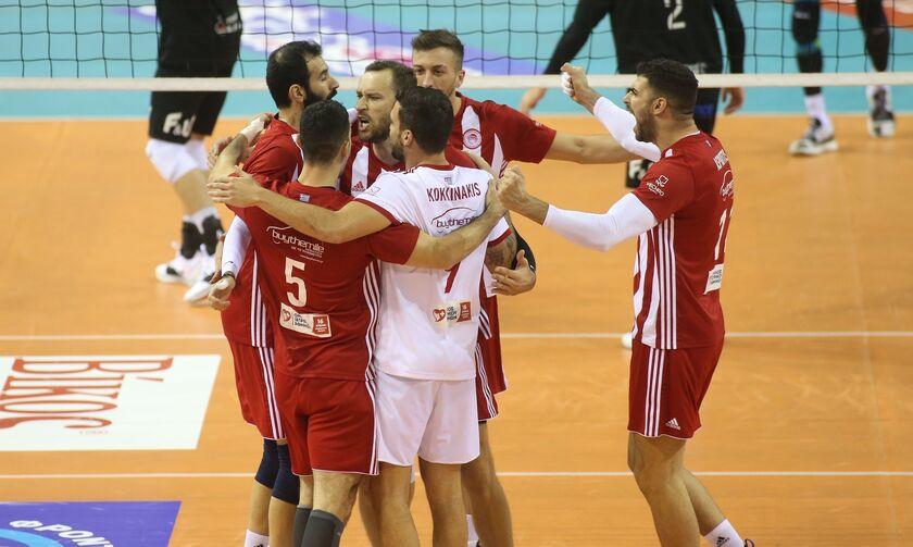 «Χρυσή» πρόκριση στην Πυλαία ο Ολυμπιακός - Με Παναθηναϊκό στον τελικό του League Cup