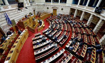 Ψηφίζεται τροπολογία για μείωση της φορολογίας στις μεταγραφές αθλητών