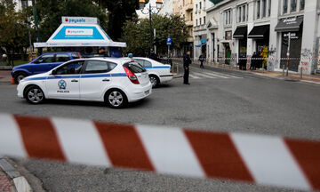 Ληστές με καλάσνικοφ εισέβαλαν στο δημαρχείο Αχαρνών (vid)