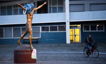 Οι πολίτες του Μάλμε ζητούν να φύγει το άγαλμα του «Ιούδα» Ιμπραΐμοβιτς!