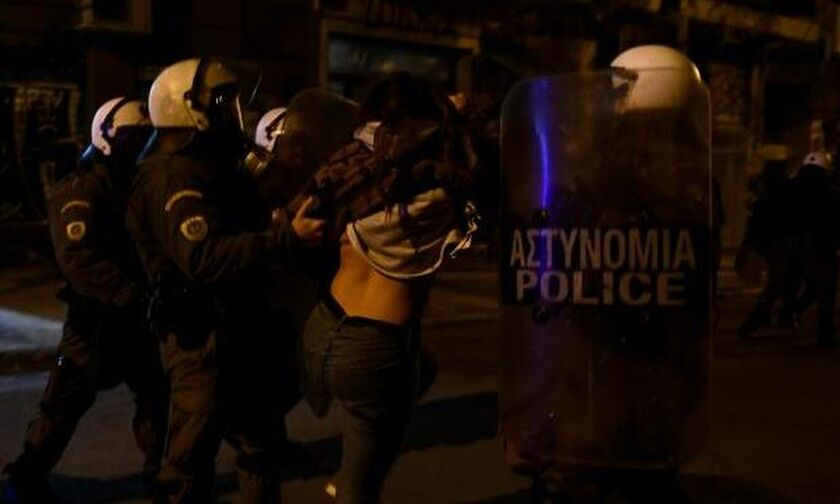 Έντεκα χρόνια από τη δολοφονία Γρηγορόπουλου: Στον εισαγγελέα οι 12 συλληφθέντες