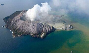 Νέα Ζηλανδία: Πέντε νεκροί σε έκρηξη ηφαιστείου (pic,vids)