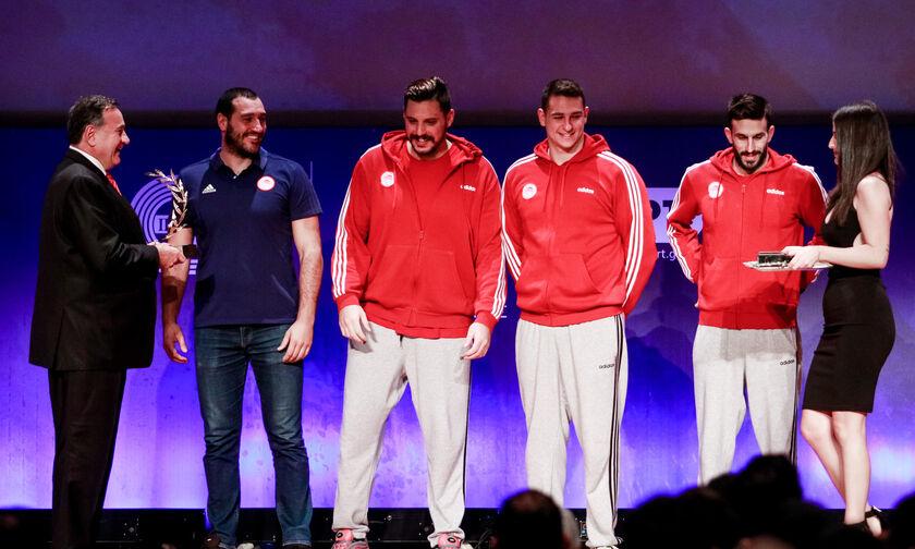 Βραβεία ΠΣΑΤ: Κορυφαία ομάδα το πόλο του Ολυμπιακού (vid)