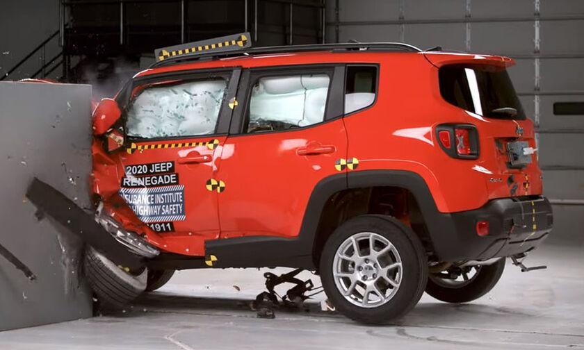 Αρίστευσε το Jeep Renegade στις δοκιμές του IIHS (pics, vid)