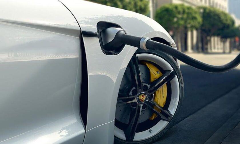 Ζορίζονται τα ηλεκτρικά αυτοκίνητα με το κρύο;