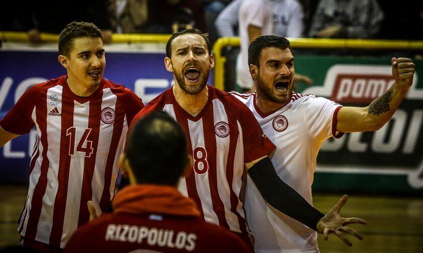 Παναθηναϊκός - Ολυμπιακός 2-3 : «Μας πετούσαν κέρματα και μας έφτυναν»