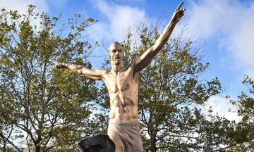 Ιμπραΐμοβιτς: Έκοψαν τη μύτη του αγάλματος στο Μάλμε (pic)