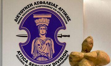Πειραιάς: Ζευγάρι κατείχε παράνομα αρχαιότητες