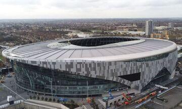 Τότεναμ - Μπράιτον: Γεμάτο το «Tottenham Stadium» παρά την καταρρακτώδη βροχή! (vid)