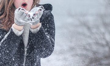 Καιρός: Ασθενείς βροχές και παροδικές χιονοπτώσεις