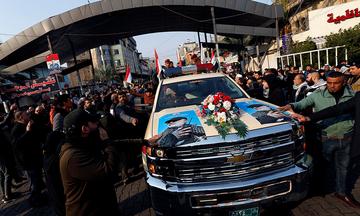 Βαγδάτη: Χιλιάδες άνθρωποι στους δρόμους για τη νεκρική πομπή του Σουλεϊμανί
