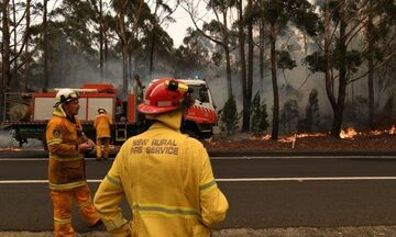 Νέες δασικές πυρκαγιές στη νοτιοανατολική Αυστραλία: 24 νεκροί, πολύ μεγάλες υλικές ζημιές