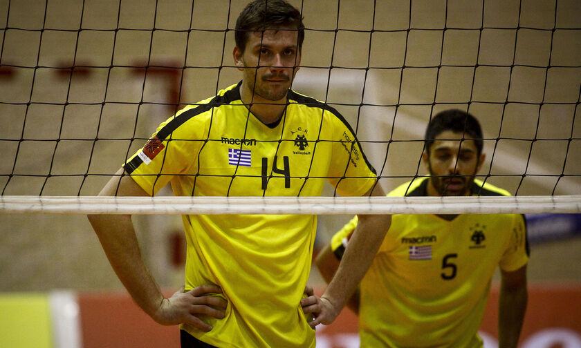 Ο Τζιουμάκας πήγε να παίξει στο φλεγόμενο Ιράν