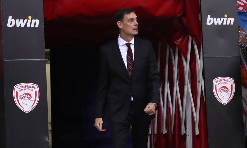 Ολυμπιακός - Άλμπα: Αποθεώθηκε ο Μπαρτζώκας - «Γιώργο, ψυχάρα, Ολυμπιακάρα» (vids)