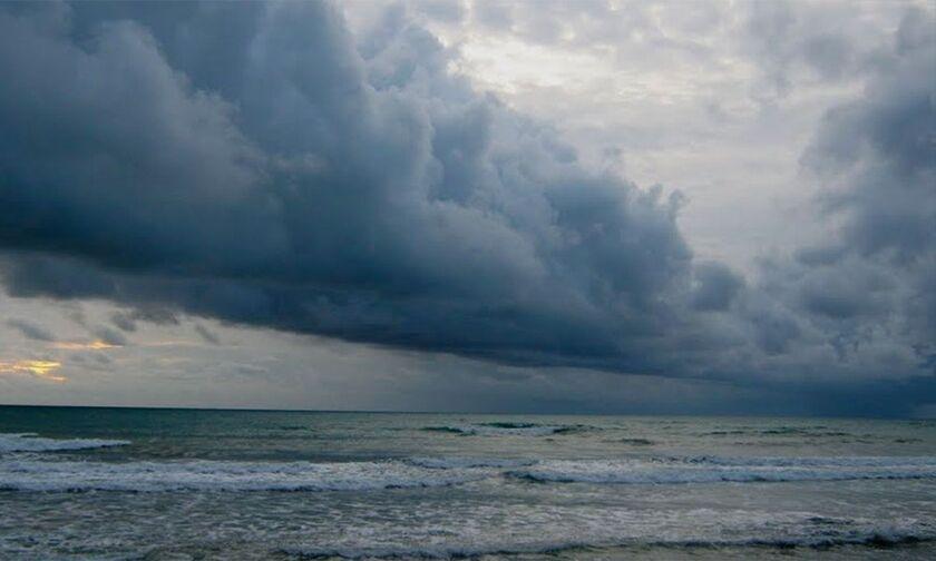 Καιρός: Καταιγίδες και πτώση θερμοκρασίας